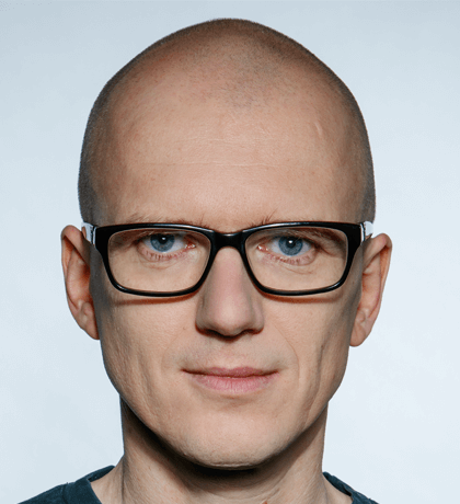 009 - Marek Bartnikowski